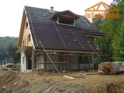 Structuri din lemn pentru case, mansarde acoperisuri, hale