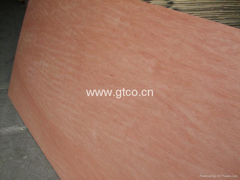 Placaj de lemn tare pentru mobila si decoratiuni