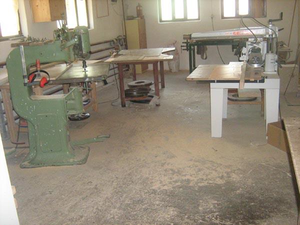 Vanzare firma de prelucrarea lemnului / investitor pentru aceasta firma