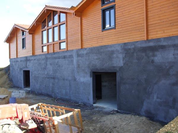 case din lemn pe structura sau din grinzi