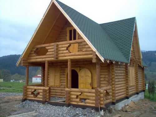 construiesc case de lemn