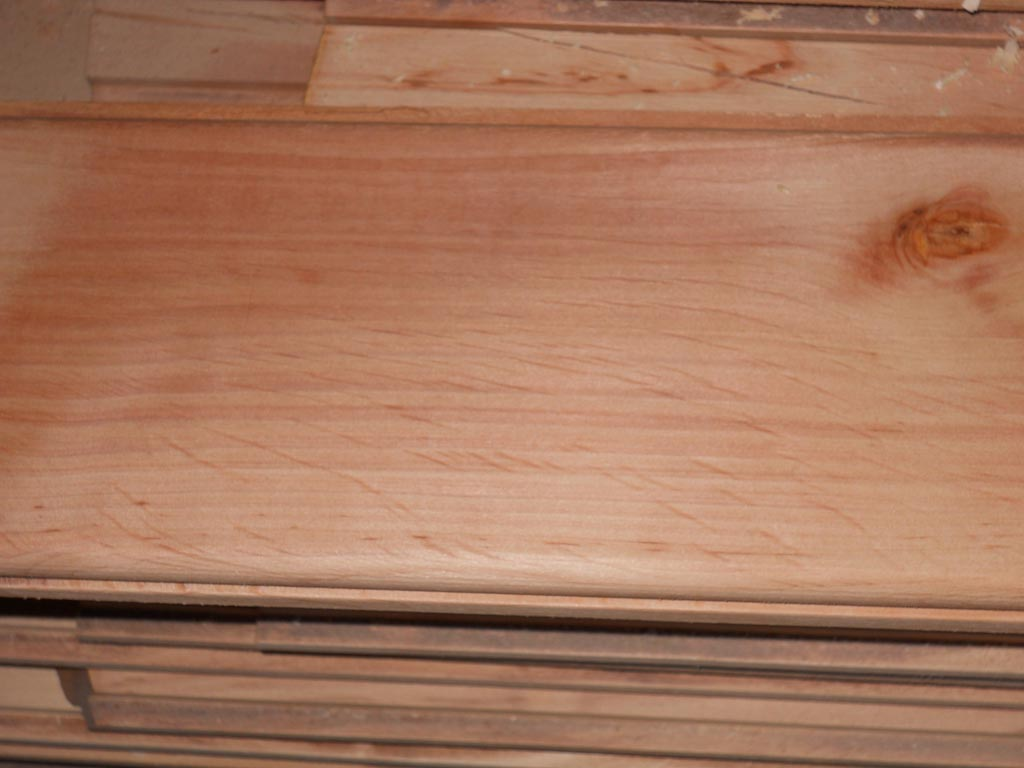 Vanzare matereal lemnos uscat si prelucrat