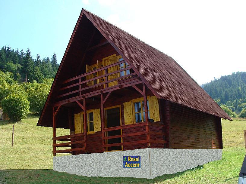 Case si cabane din lemn si pe structura de lemn