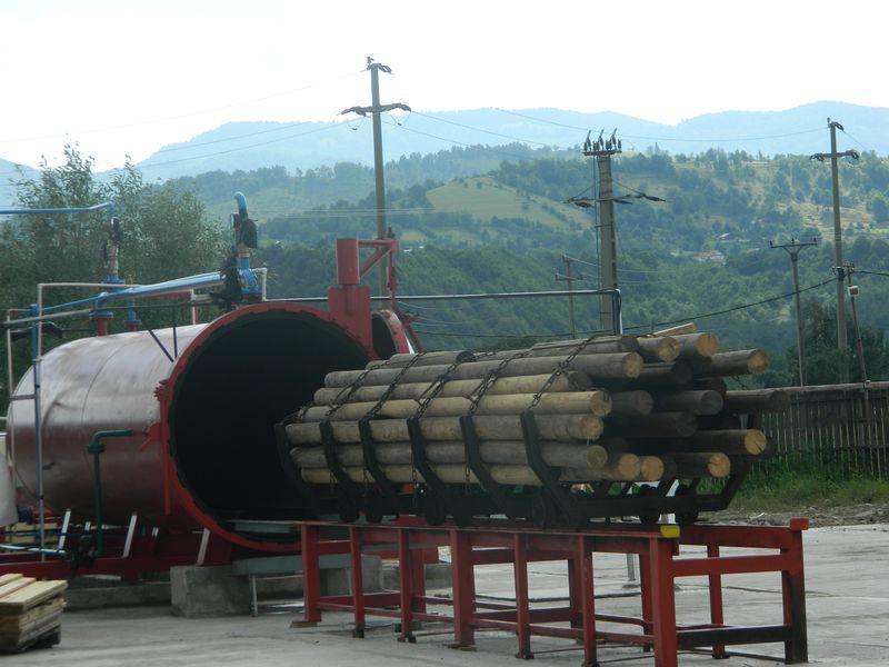 Tratare material lemnos in autoclava