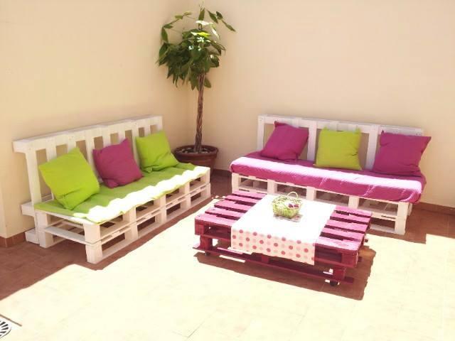 Vanzare mobilier din lemn de paleti  AfaceriLemnro