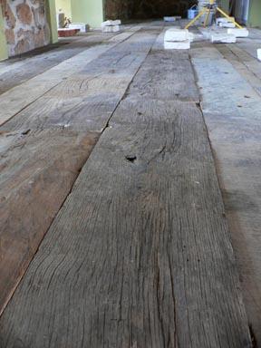 Legno di recupero vecchio pavimento travi antiche - Tavole legno vecchio prezzi ...