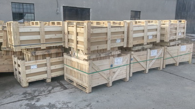 Vand cutii si lazi din lemn