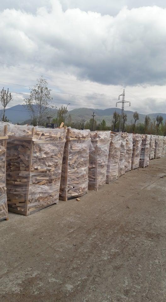 Vand lemn de foc- deseuri din cherestele