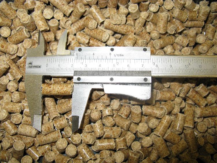 Peleti de lemn de calitate pentru uz casnic si industrial