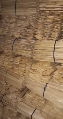 Producem sindrila din lemn rasinos